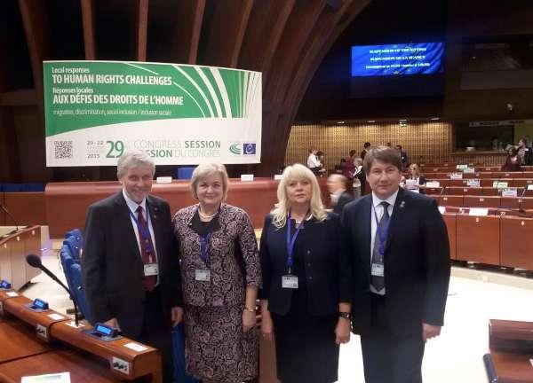 kongresas delegacija spalis 2015 600